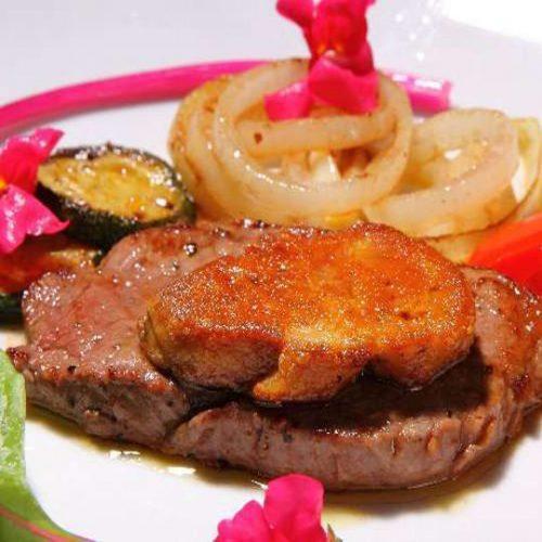 和牛とフォアグラのステーキ