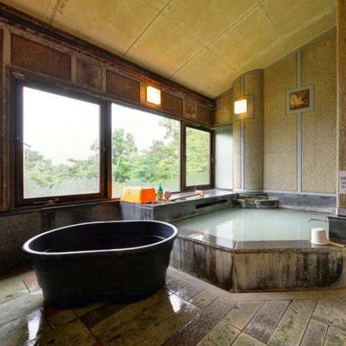 ワンちゃん専用バスタブ付き貸切風呂