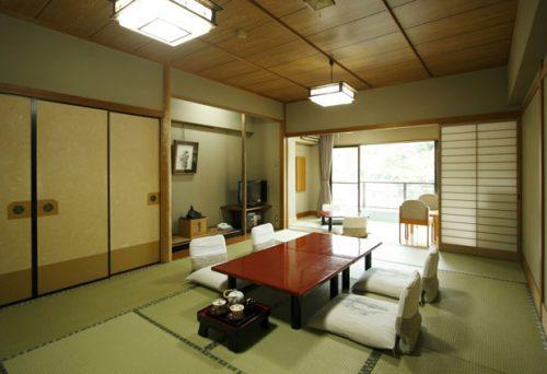 16畳のゆったりとした和室