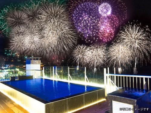 熱海の花火大会も鑑賞できる屋上露天風呂