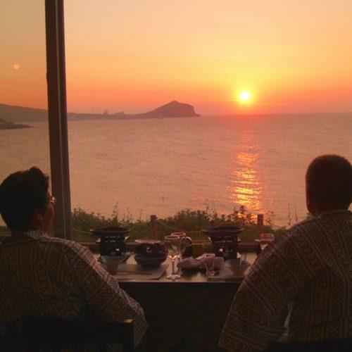レストランからの夕陽
