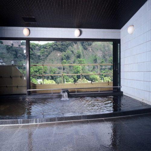 8階にある天然温泉