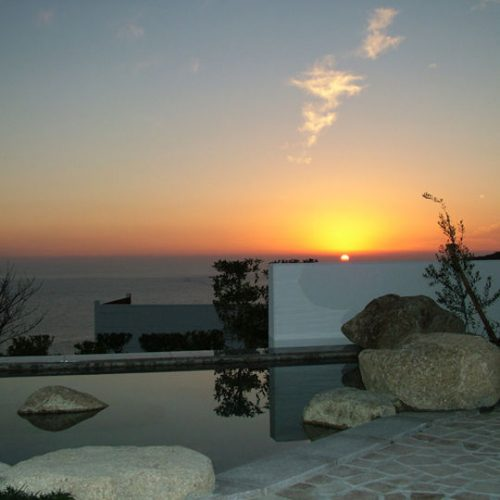 男性用岩風呂から望む夕日