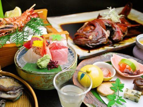 金目鯛の姿煮とアワビ