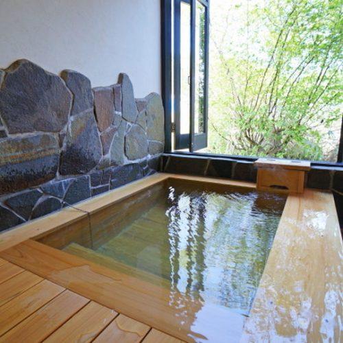 檜風呂の温泉