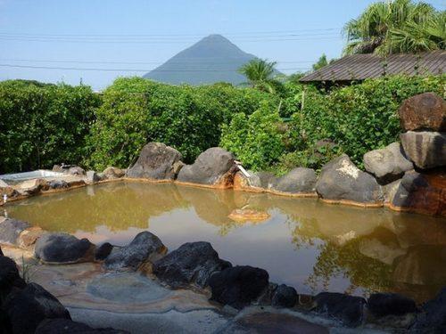 開聞岳を源泉100%露天風呂